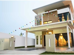 Double storey bungalow comes in two outstanding designs